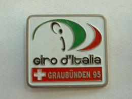PIN'S CYCLISME VELO - GIRO D'ITALIA - GRAUBÜNDEN 95 - Ciclismo