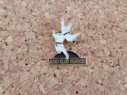 PINS JUDO CLUB HENINOIS HENIN (62) - Judo
