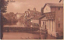Saint Palais   1259        Vieilles Maisons Et La Minoterie - Saint Palais