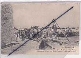 Hyères (83) Les Salins - Récolte Du Sel -le Pesage.Chemin De Fer Du Sud De La France -Ligne Du Littoral (N° 922) - Hyeres