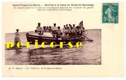 Saint Trojan  Rentrée à La Rame Du Canot De Sauvetage - Ile D'Oléron