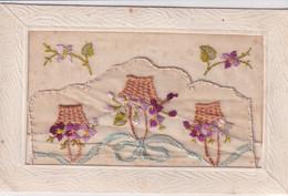 Carte Brodée Paniers De Fleurs Ruban Fleurs Recto Verso - Embroidered