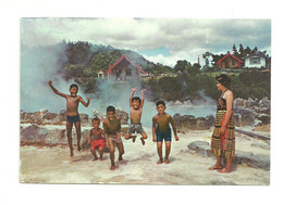 ROTORUA. Maori Children. Enfants Maori. CPSM. Voir Description - Neuseeland