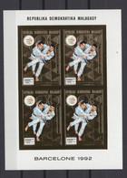 MADAGASCAR 1992. Mi # 1381 B, CV €85, Imperf, Sheetlet, Golden Foil, Olympics - Estate 1992: Barcellona