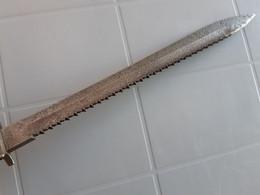 Baionnette à Dents De Scie - Knives/Swords