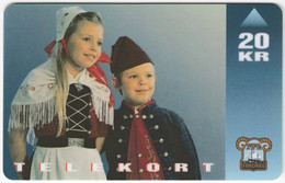 FAROER A-037 Magnetic TFL - People, Children, Tradtional Wear - Used - Féroé (Iles)