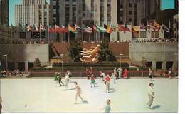 NEW YORK  ROCKEFELLER PLAZA ICE SKATING RINK - NY - New York