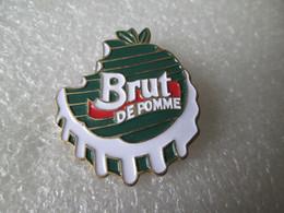 PIN'S    BRUT DE POMME - Boissons