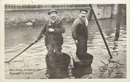PARIS  INONDATION  1910 TRAVERSEE EN BAQUET N°504 - Alluvioni Del 1910