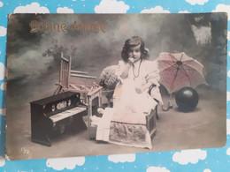 Noel D'une Petite Fille Jouets Poupée Piano Bonne Année - Children