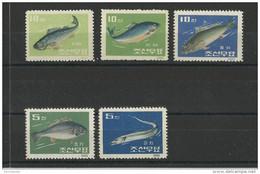 KOREA - YVERT N°395/399 NEUFS - MINT - POISSONS - FISH - Korea, North