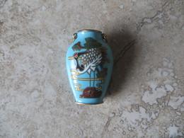 Petit Vase Asiatique Cloisonné Décor Oiseau Ibis Similaire Recto Verso Pouvant Se Porter En Bijou Pendentif (2 Anneaux) - Art Oriental