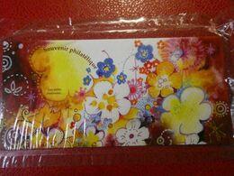 2013-BLOC SOUVENIR N°90** LES PETITS BONHEURS - Souvenir Blocks & Sheetlets