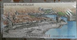 """LA ROCHELLE """" Sur Bloc Souvenir (Avec Sa Carte) De 2009 N° YT BS44 (sous Blister Fermé) En Parfait état - Souvenir Blocks & Sheetlets"""