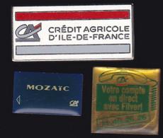 67085-Lot De 3 Pin's.Banque.Credit Agricole. - Banks
