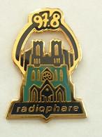 Pin's RADIO PHARE 97.8 FM - REIMS - Medien