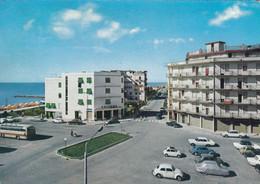 AK - Italien - CAORLE - Piazza Alcide De Gasperi - Venezia