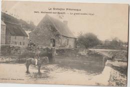 Guéméné Sur Scorff - Le Grand Moulin ( 1674 ) - Cavalier Devant Le Moulin - Série La Bretagne Pittoresque. Carte Rare.. - Guemene Sur Scorff