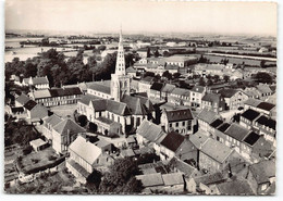 Bollezeele   Vue Aerienne Edit Cim  Eglise Notre Dame,  La Place. - Otros Municipios