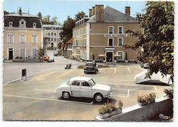 Bourbon-Lancy. Place D'Aligre. CPSM  Edit Cim .  Renault Dauphine  Citroen Traction. Hotel Des Thermes.. N°2 - Otros Municipios