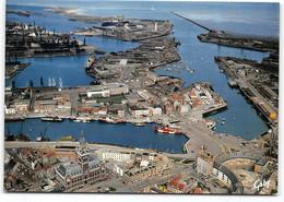 Dunkerque.  Vue Generale Du Port. Au 1er Plan L'Hotel De Ville Et Place Du Minck - Vue Aerienne  CPSM GF    Edit  Artaud - Dunkerque