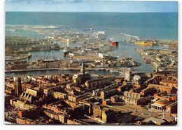 Dunkerque. Vue Generale Avec L'Hotel De Ville Et Une Partie Du Port. Edit Yvon - Dunkerque