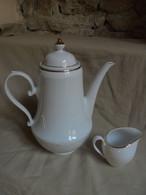 Ancien - Cafetière Et Pot à Lait Blanc Liseré Doré Bavaria - Teekannen