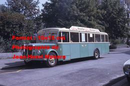 ReproductionPhotographie D'un Bus FBW Ligne Ruttenen Avec Publicité Buroartikel à Soleure En Suisse En 1968 - Reproductions
