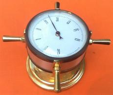 Décoration Marine  Presse-papier  / Thermomètre Barre à Roue Années 50 Laiton Hauteur : 60mm Diamètre : 90mm Made In Fra - Decorazione Marittima