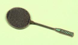 Pin's Raquette De Badminton - 10Q03 - Badminton