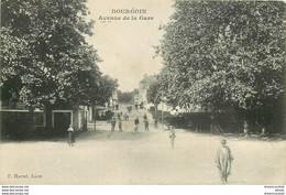 PHL 38 BOURGOIN. Avenue De La Gare Vers 1910 - Bourgoin