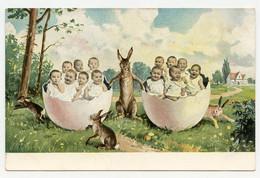 Bébés Dans Des Gros Oeufs De Pâques. Lapins. Lapin. - Other