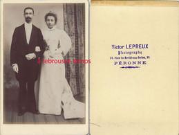 Grand CDV-mariage-photographe Victor LEPREUX Place Du Marché Aux Herbes à Péronne - Antiche (ante 1900)