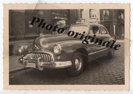 Photo Originale 1948 - Autos Voitures Automobiles Cars - Américaine BUICK Roadmaster à Bruxelles Rue D'Espagne St Gilles - Auto's
