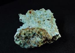 Takovite With Carrboydite (TL) (2.5 X 2 X 1 Cm ) Carr Boyd Rocks Ni Mine - Menzies Shire, Western Australia - Australia - Minerali