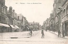 18 Vierzon Place Du Marechal Foch Animation Velo Cycliste Magasin 100.000 Chemises - Vierzon