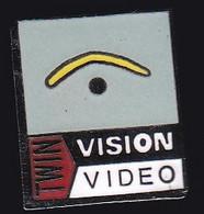 67111-Pin's.Twin Vision Studios - Cinema