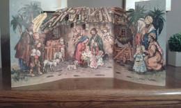 Crèche De Noël Pliante ,en Carton Avec Calendrier De L'avant - Christmas Cribs