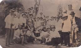 VILLA IRIS. HOMBRES CON CERVEZA PALERMO. FOTOGRAGO FEDERICO EISELE. ARGENTINE CPA CIRCA 1900's NON CIRCULEE -LILHU - Argentina