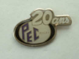 Pin's RUGBY - PEC 20 ANS - Rugby