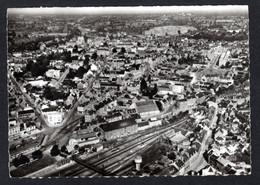 FOUGERES (35 I-et-V )Vue Aérienne De La Ville, Quartier De La Gare ,passerelle ,chemin De Fer ,château D'eau -LAPIE N°18 - Fougeres