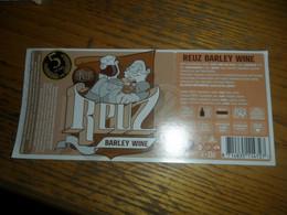 Belgisch Bieretiket Gebrouwen In Belgie Het Nest Oud Turnhout - Beer