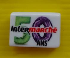 Fève  - Intermarché Les 50 Ans - N° 3 / 5 Vert 0 Violet - Réf AFF 2020 30 - Fèves