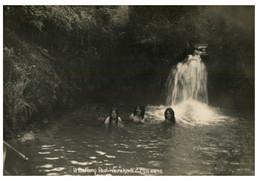 (P 21) Very Old Postcard - New Zealand - Wairakee Bathing Pool (F.G.R 4478) - Neuseeland
