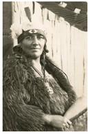 (P 21) Very Old Postcard - New Zealand - Maori (hand Datet At Back 5-3-1928) - Neuseeland