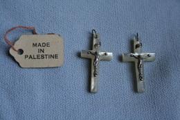 Croix Anciennes En Nacre De Palestine (2) - Religion & Esotérisme