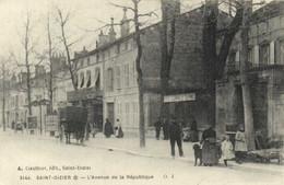 SAINT DIZIER  L' Avenue De La Republique Postes Telegraphes Telephones Autos Grand Garage  RV - Saint Dizier