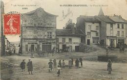 SAINT JULIEN CHAPTEUIL - La Place Du Marché. - Andere Gemeenten