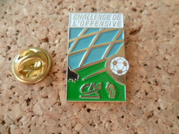PIN'S   CREDIT AGRICOLE  FEDERATION FRANCAISE DE FOOT - Banks