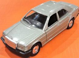Voiture Miniature  Mercedes 190 (1988) N° 1506 Echelle : 1/43ème - Solido